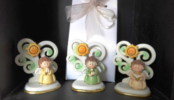 angeli con alberelli